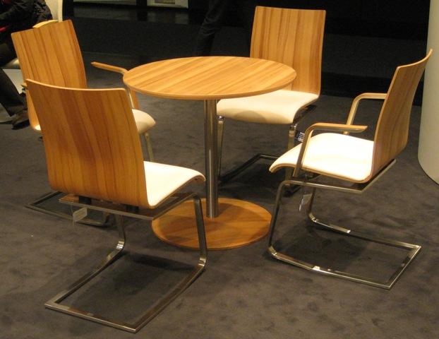 ergonomische esszimmerst hle b rozubeh r. Black Bedroom Furniture Sets. Home Design Ideas